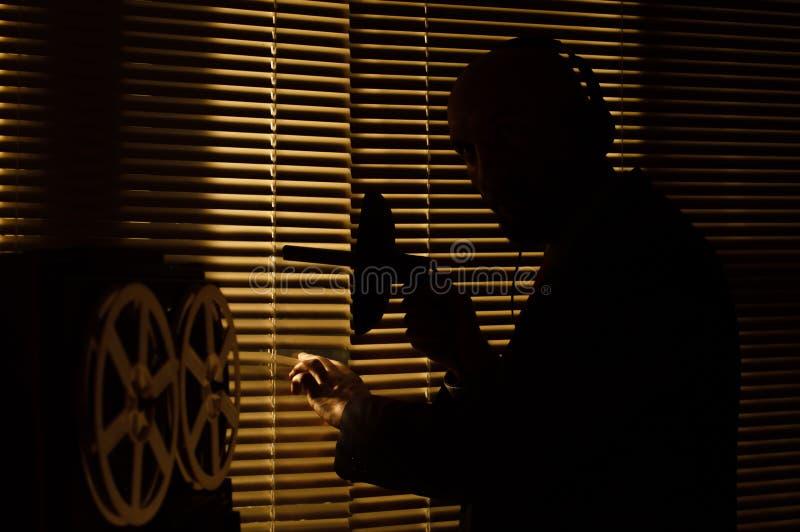 De FBIgeheimagent luistert en registreert gesprek 3 stock afbeelding