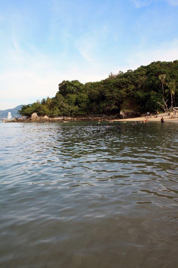 10 de febrero de 2019 Phuket, Tailandia Vista de la playa pagada de Paradise imágenes de archivo libres de regalías