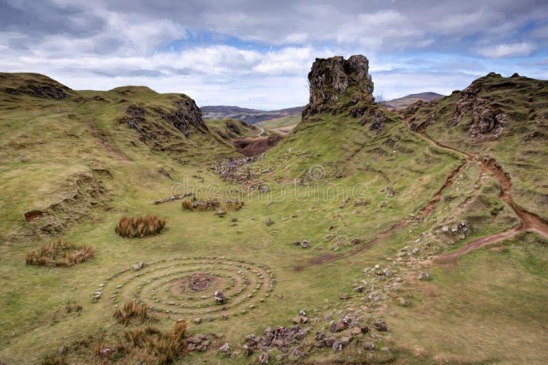 De Feenauwe vallei, Eiland van Skye, Schotland royalty-vrije stock fotografie