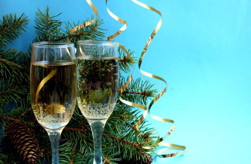 de feestelijke pret van de champagnekerstmis van het stemmings nieuwe jaar stock afbeelding