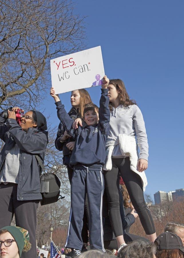 ` De femmes s mars sur Chicago 2017 photos stock