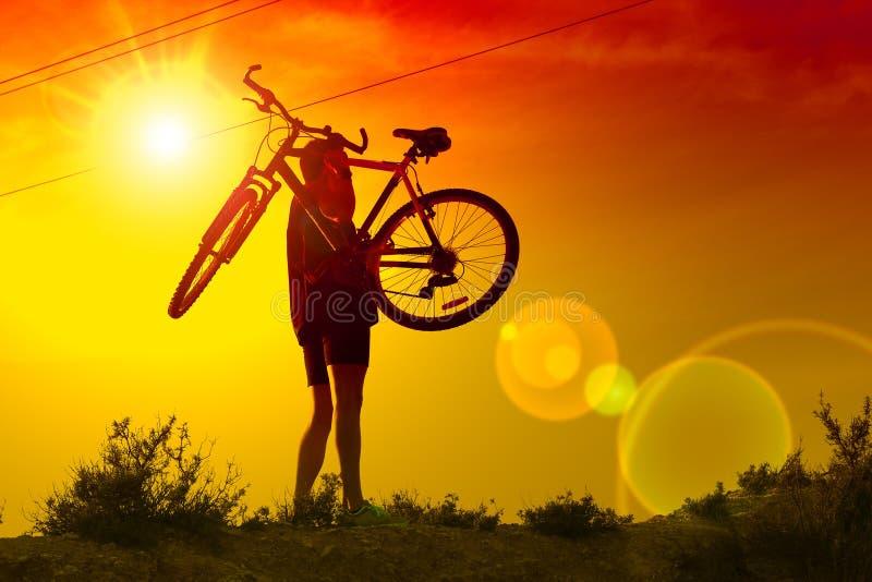 De fiets van de berg Sport en het gezonde leven stock foto's