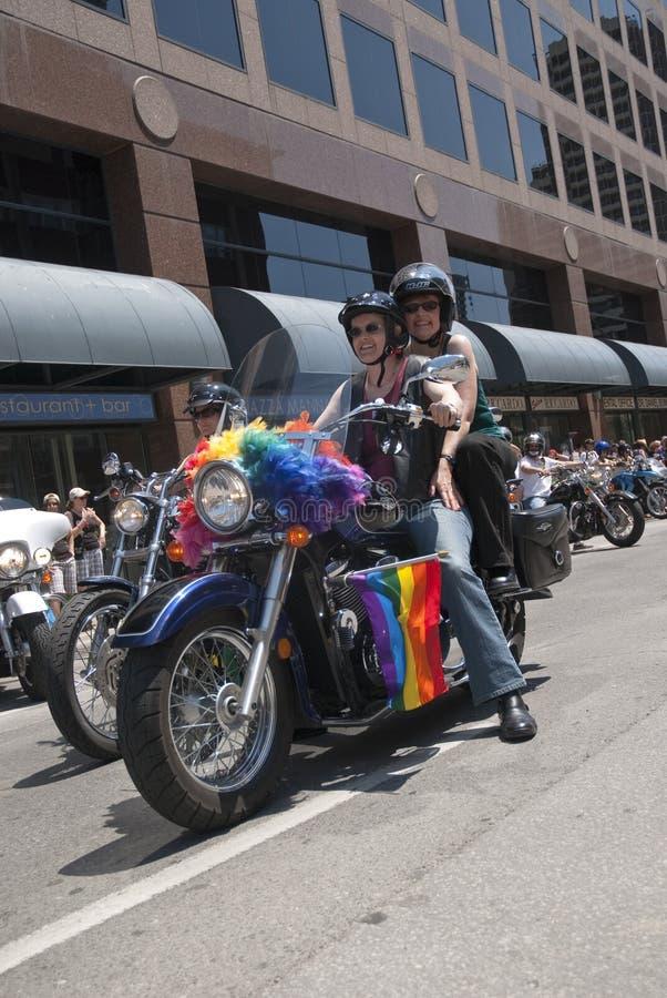 De fietsers van de motor bij de optocht van de Trots van Toronto Vrolijke royalty-vrije stock afbeeldingen