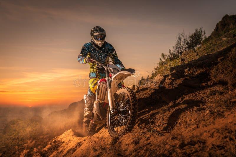 De fietsruiter van Enduro royalty-vrije stock afbeelding
