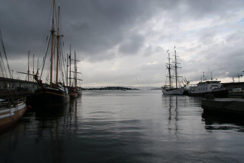 De fjord van Oslo, Oslo, Wegen stock foto's