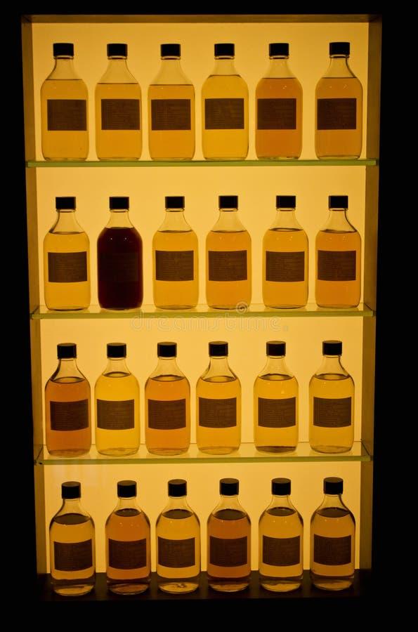 De flessen van de whisky stock foto's