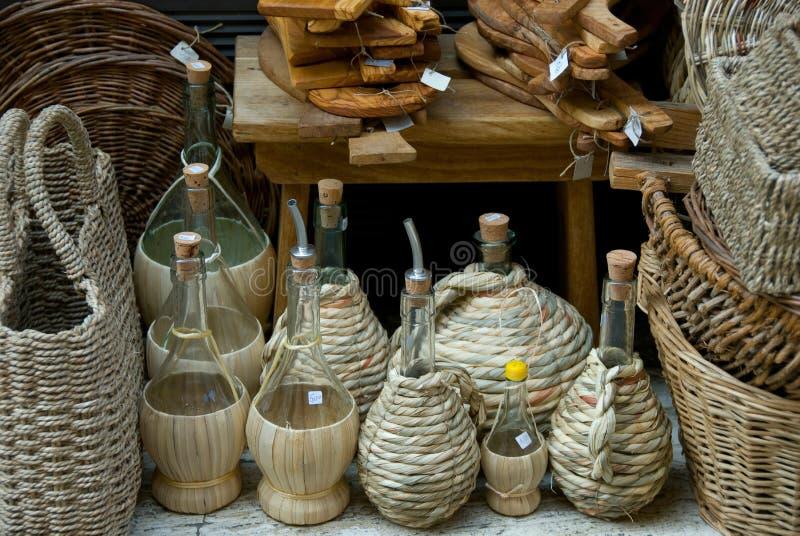 De Flessen van de wijn en van de Olie met Rijs stock foto