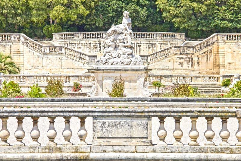 de Fontaine jardin losu angeles Nimes park obraz royalty free