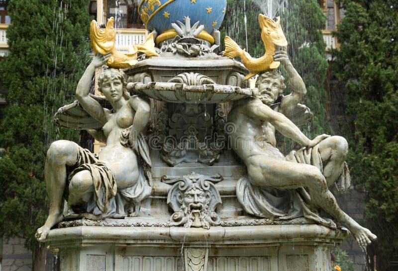 De fontein is royalty-vrije stock afbeelding