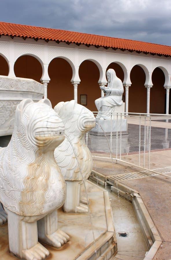 De fontein van Columbus, Museum Ralli in Caesarea, Israël stock fotografie