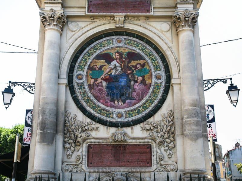 De fontein van Pierre-Amedee Pichot in Arles-stad royalty-vrije stock afbeeldingen
