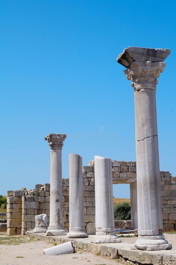 De forntida kolonnerna arkivbilder