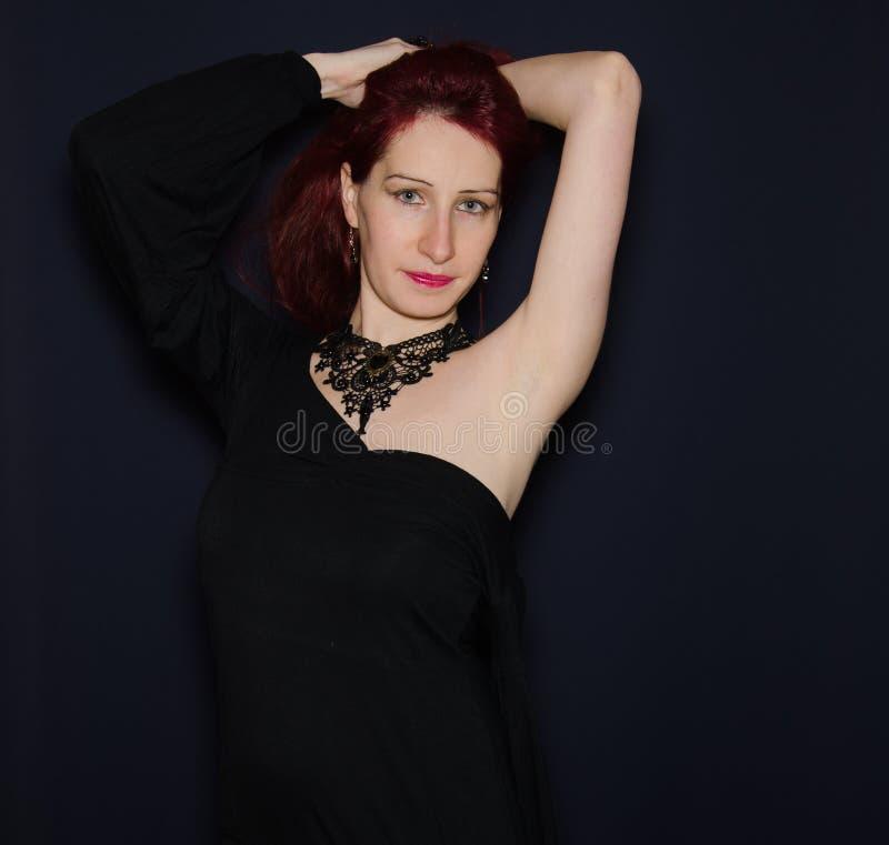 De foto van de manierstudio van mooie vrouw stock afbeeldingen