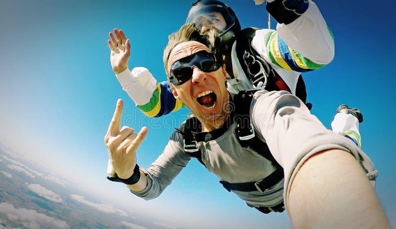 De fotoeffect achter elkaar van Skydiveselfie stock fotografie