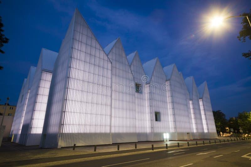 De futuristische bureaubouw in Filharmonische Szczecin royalty-vrije stock foto's