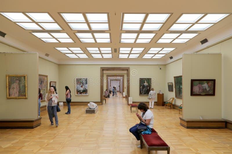 De Galerij van Tretyakov van de staat is een kunstgalerie in Moskou, Rusland, de belangrijkste opslagruimte van Russische fijne k royalty-vrije stock foto's