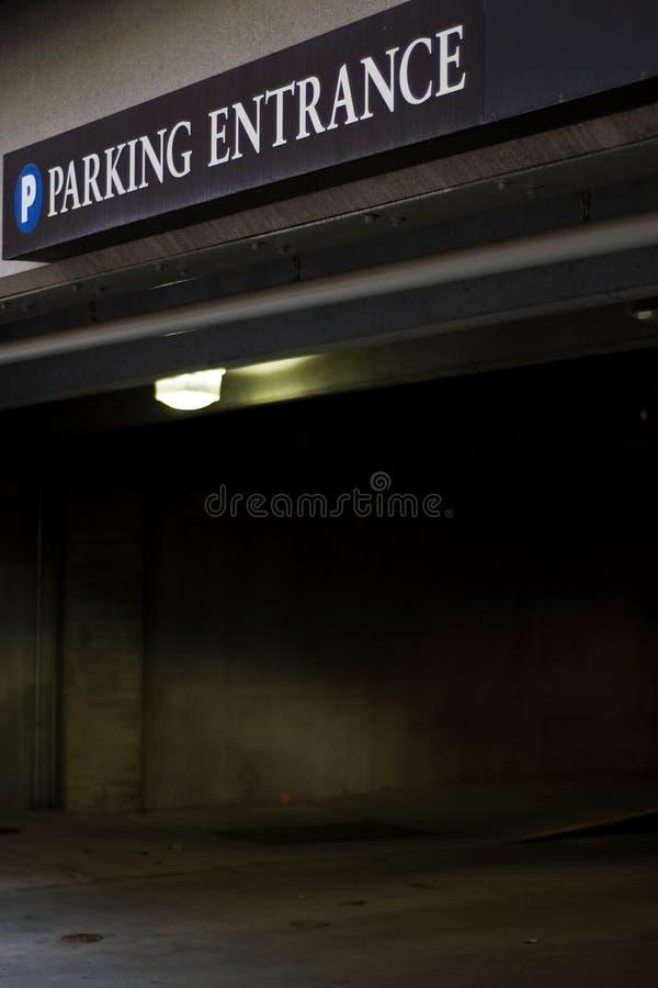 De Garage van het parkeren stock afbeelding