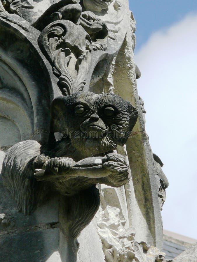 De gargouilles van de steenkerk Hoofd van kwelgeesten royalty-vrije stock foto's