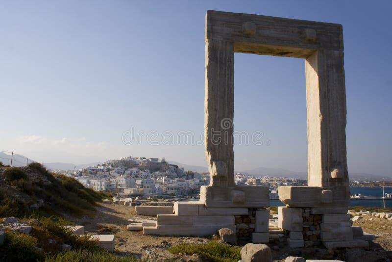 De gateway van Portara op Naxos, Griekenland royalty-vrije stock fotografie