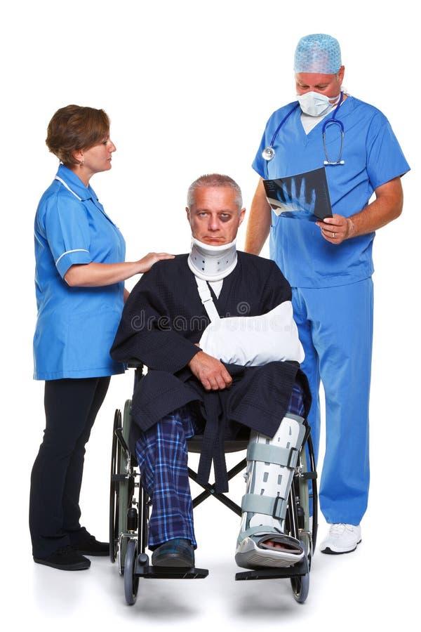 De geïsoleerde Verpleegster en de patiënt van de arts royalty-vrije stock fotografie