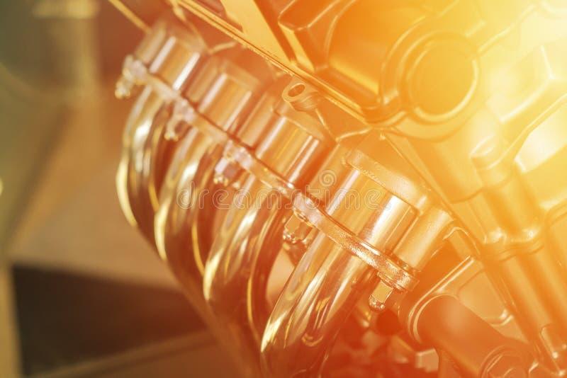 De gealigneerde Motor van de Vier Cilindersmotorfiets stock afbeeldingen