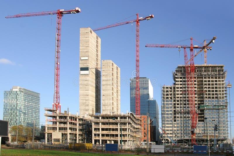 De gebouwen van het bureau in aanbouw royalty-vrije stock afbeelding