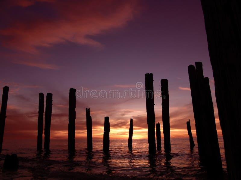 De gebroken Zonsondergang van de Pijler stock foto
