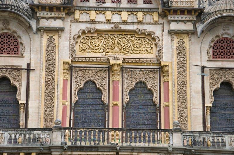 De gedeeltelijke mening van Lakshmi Vilas Palace, werd gebouwd door Maharadja Sayajirao Gaekwad derde in 1890, Vadodara Baroda, G stock afbeeldingen