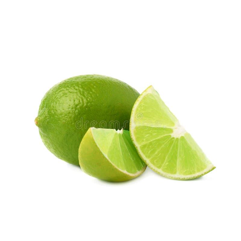De gediende die samenstelling van het kalkfruit over wordt geïsoleerd stock afbeelding