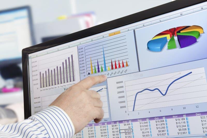 De gegevens van Analizing over computer stock afbeelding