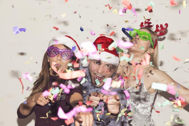 De gekke partij van de Nieuwjaar` s Vooravond stock afbeelding