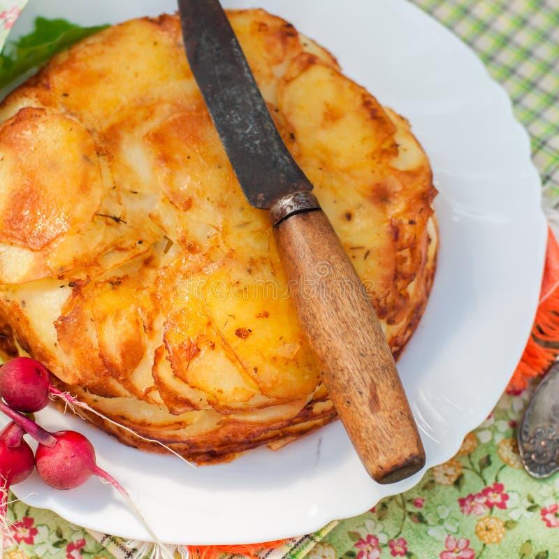 De gelaagde Aardappel bakt royalty-vrije stock foto