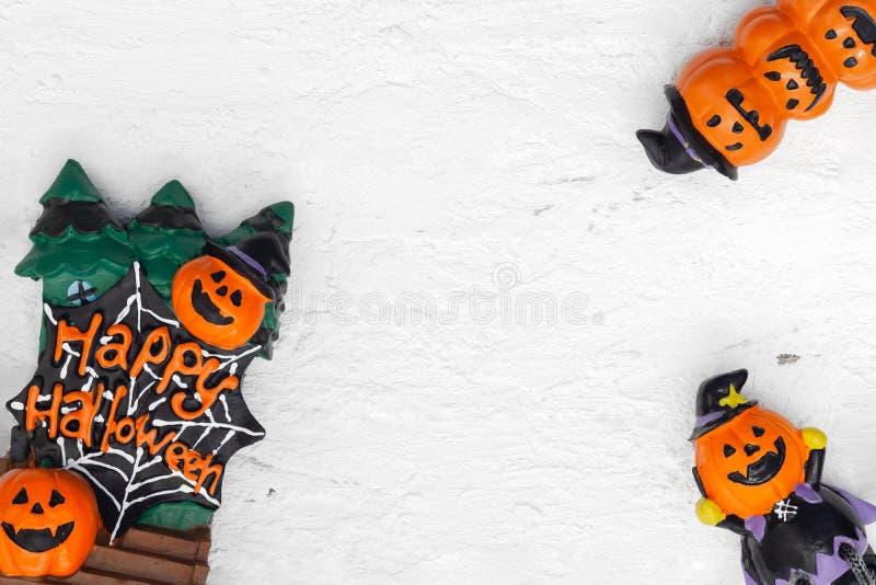 De gelukkige Halloween-festivalvlakte legt hoogste mening van Hoofddoll Pompoenen royalty-vrije stock afbeelding