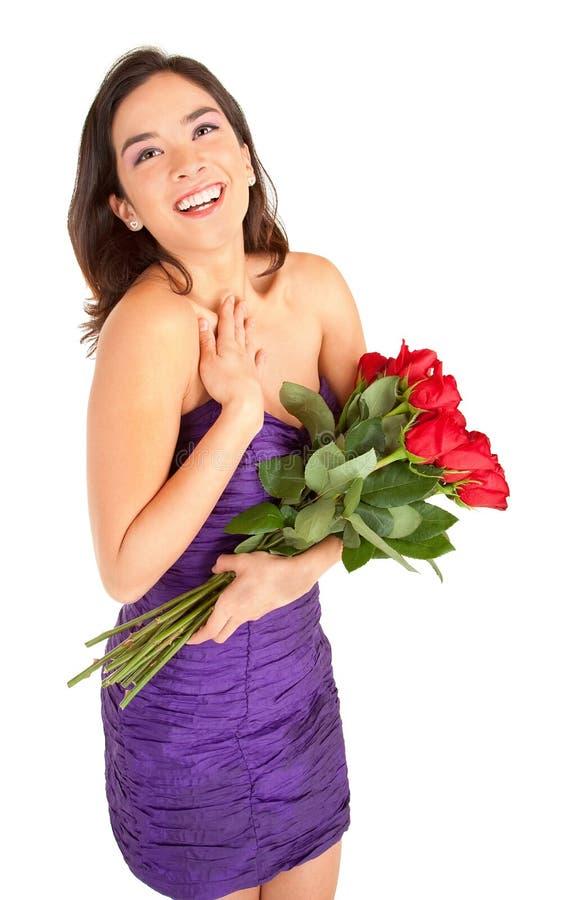 De gelukkige Rozen van de Holding van de Vrouw stock afbeelding