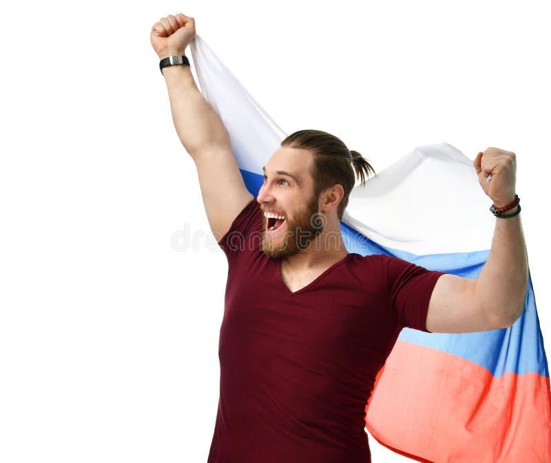 De gelukkige ventilator van het mensenvoetbal met het Russische vlag het glimlachen vieren geïsoleerd op wit royalty-vrije stock afbeeldingen