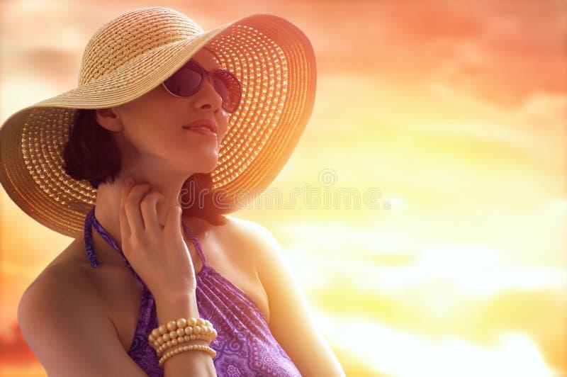 De gelukkige zomer stock afbeelding