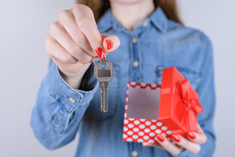 De geluklevensstijl verkoopt huur bedrijfsconcept Bebouwd dicht u royalty-vrije stock afbeelding