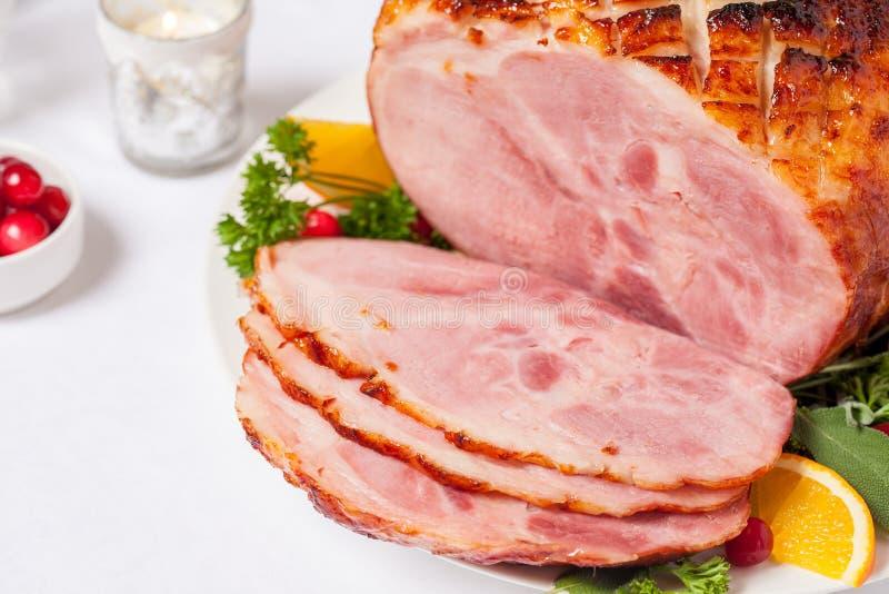 De gerookte Geroosterde Verglaasde Ham van het Vakantievarkensvlees stock afbeeldingen