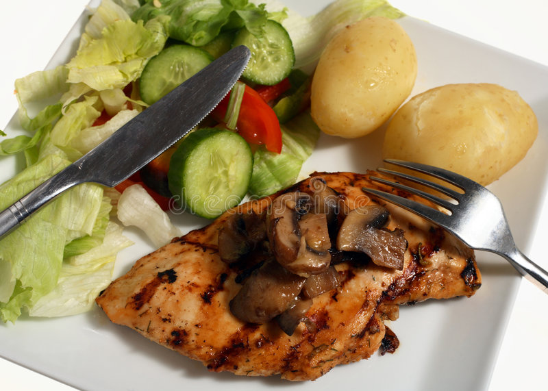 De geroosterde aardappel van de kippensalade stock afbeelding