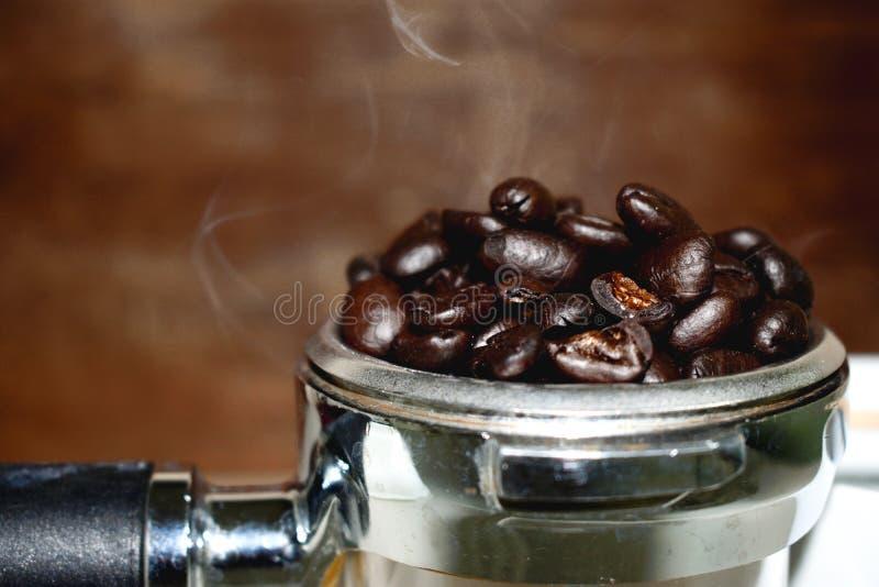De geroosterde toon van de koffie uitstekende kleur royalty-vrije stock afbeelding