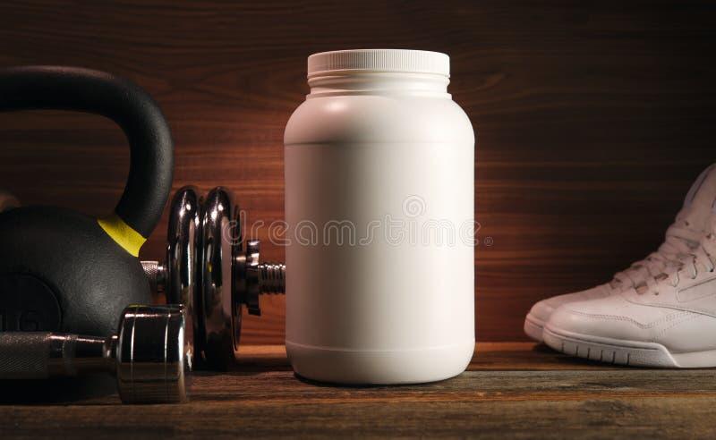 De geschiktheid en de bodybuilding gezonde levensstijl en het gewichtheffen bedriegen stock foto's