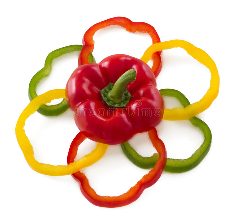 De gesneden groene paprika's schikken in bloemvorm. stock fotografie
