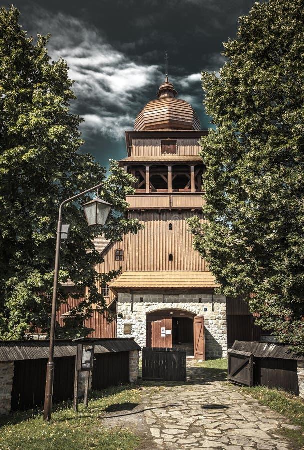 De Gewrichts Houten Kerk - Svaty Kriz, Slowakije stock foto