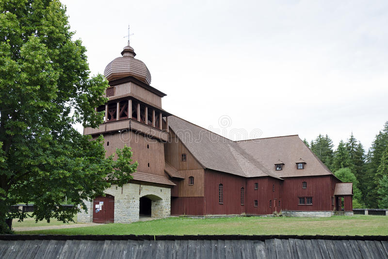 De gewrichts houten kerk van Svaty Kriz royalty-vrije stock fotografie