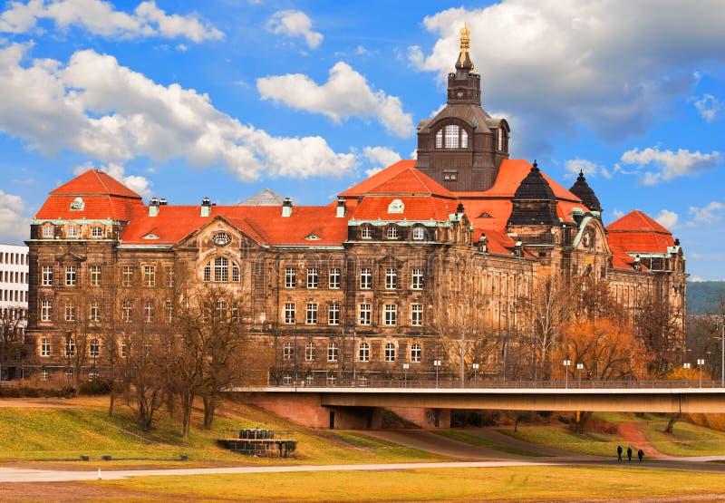 De gezamenlijke Bouw van het Ministerie in Dresden, Duitsland stock afbeelding