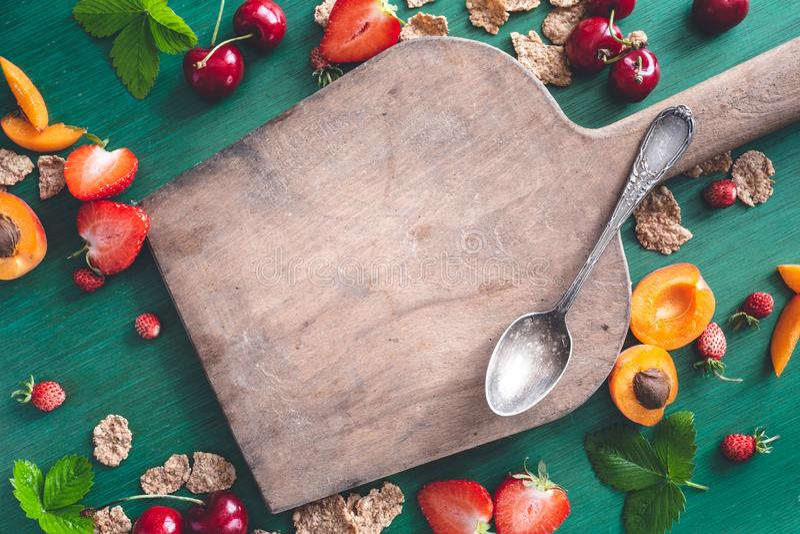 De gezonde Ontbijtvlakte Als achtergrond lag royalty-vrije stock foto's