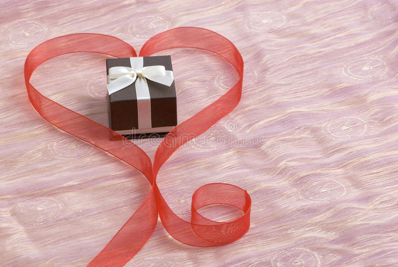 De gift van de valentijnskaart stock fotografie