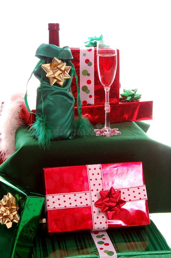 Download De Giften van Kerstmis stock afbeelding. Afbeelding bestaande uit gift - 297145