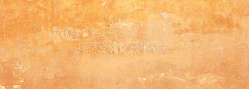 De gipspleister geschilderde gele achtergrond van de muurtextuur, kleur, banner royalty-vrije stock afbeeldingen