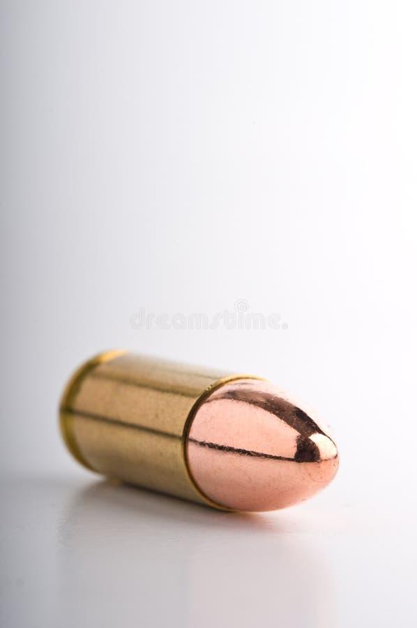 De glanzende patroon van het mmpistool stock fotografie